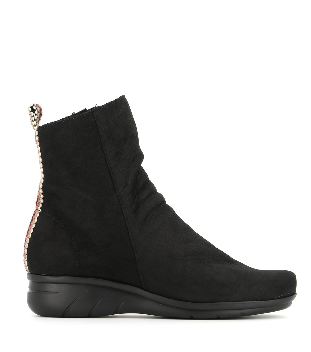 low boots dereck black
