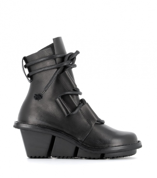 low boots mount f black