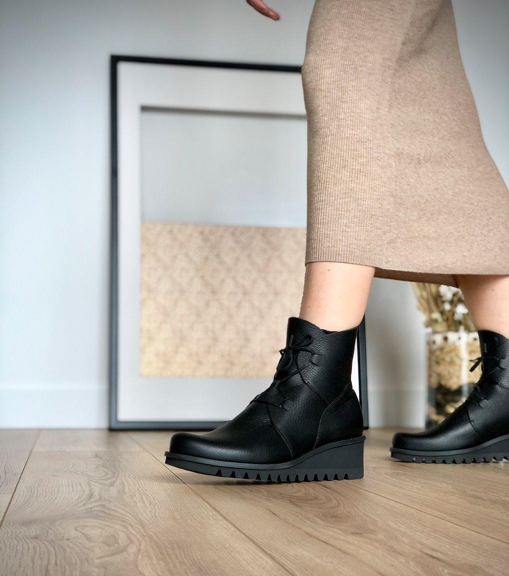 low boots lightning 33991 black