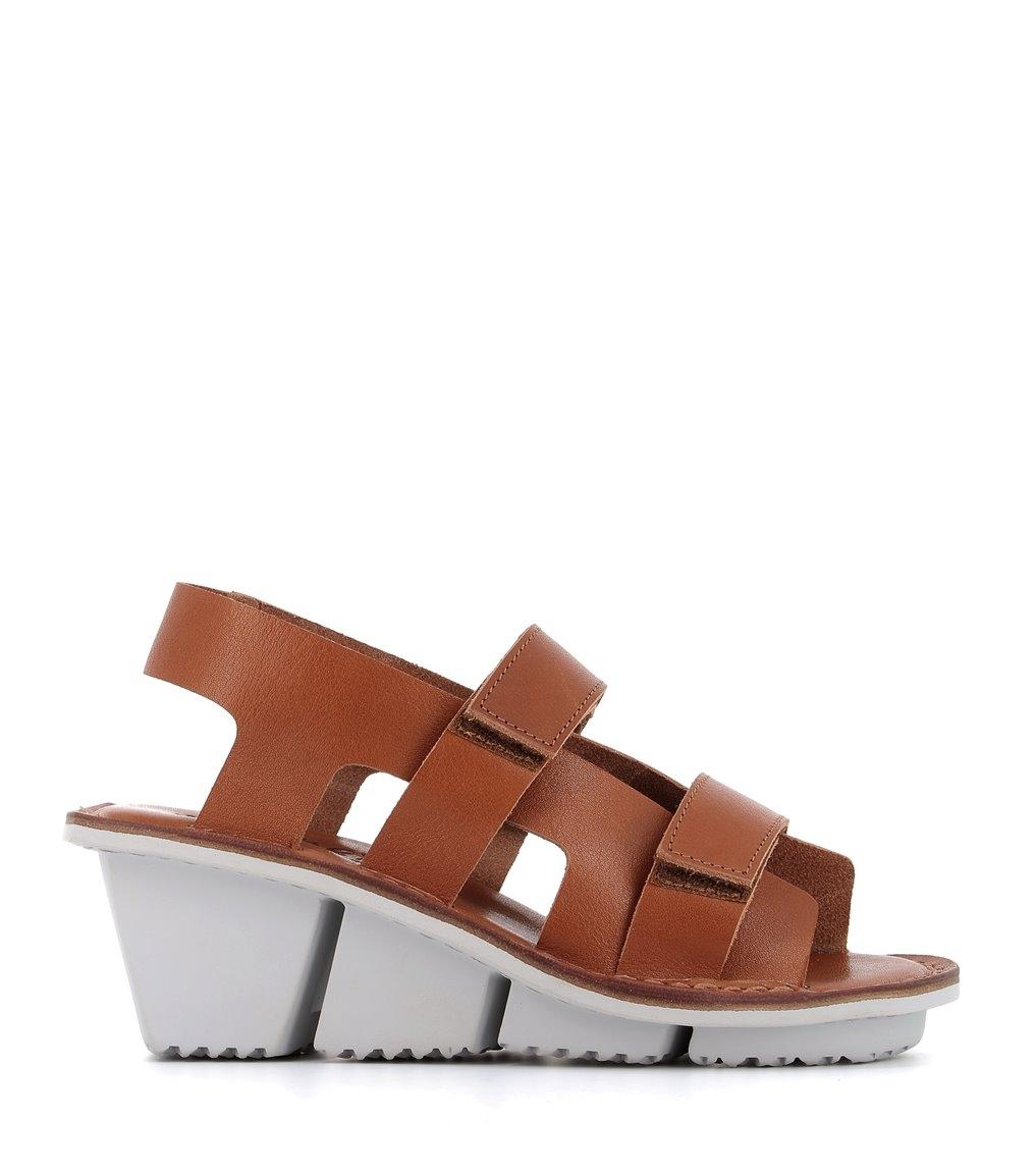 sandals damage f vero