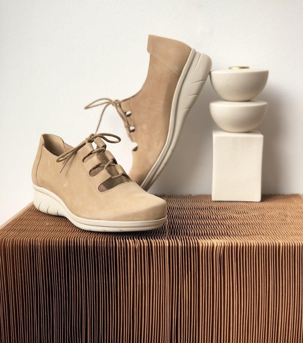 zapatos domino beige