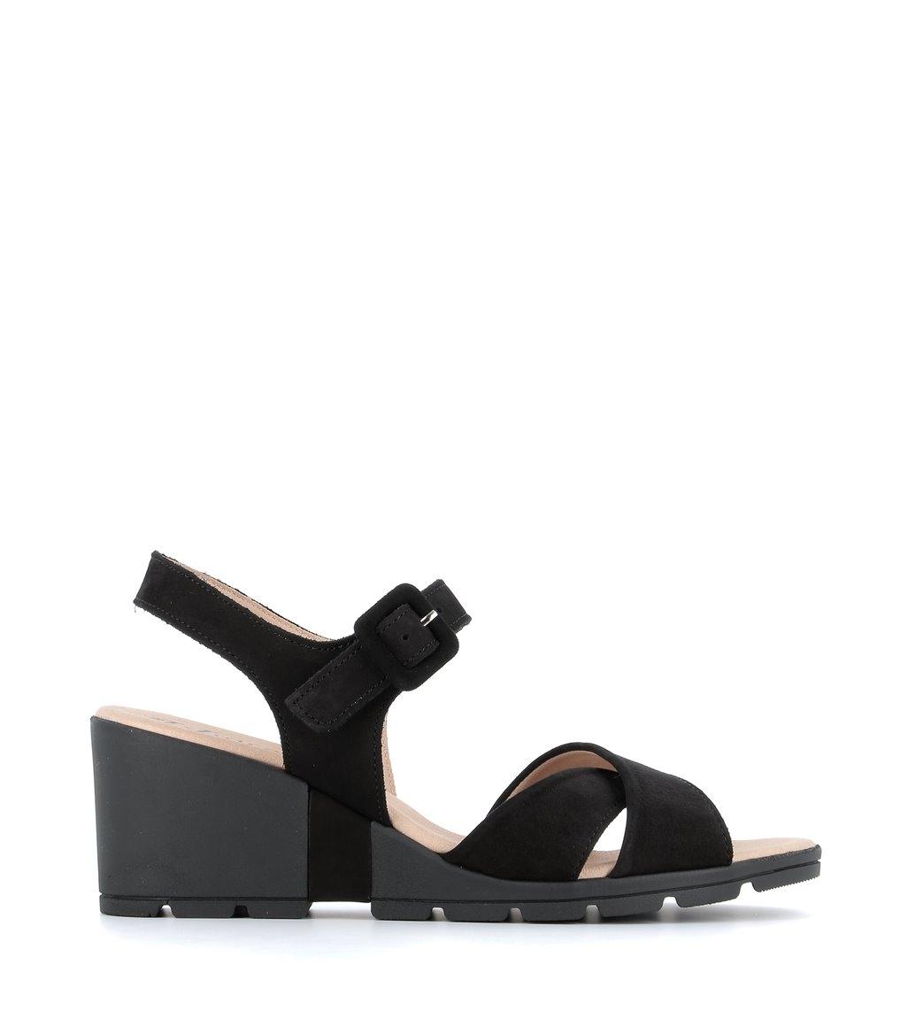 sandals carl black