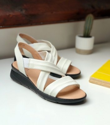 sandals harry white