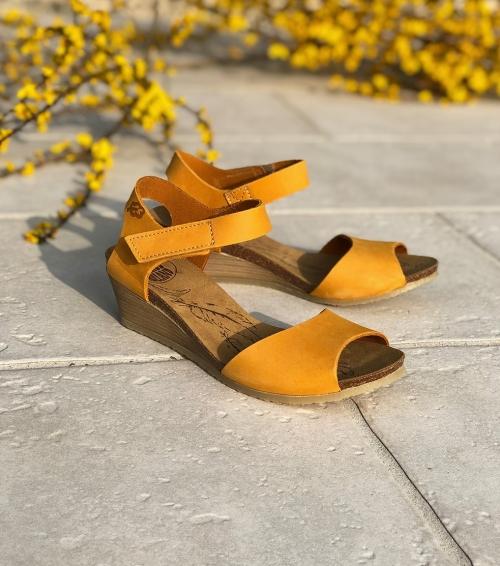 sandales lola 16431 jaune