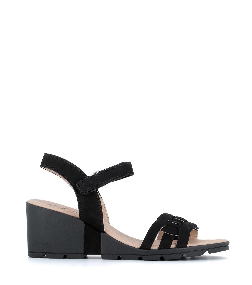 sandals charlie black