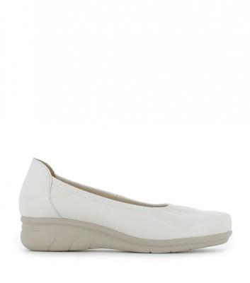 ballet flats dan white
