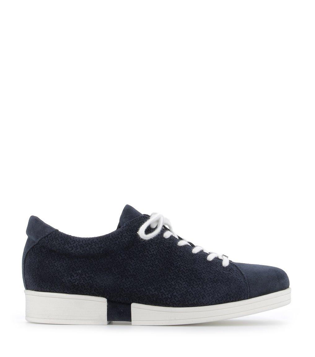 sneakers georgia marine