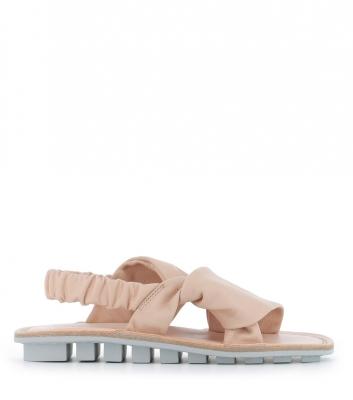 sandals embrace f rose