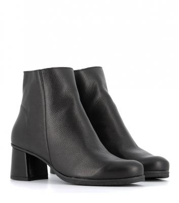 boots annie noir
