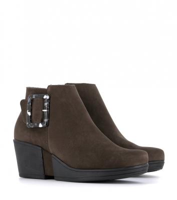 boots camelia ebene