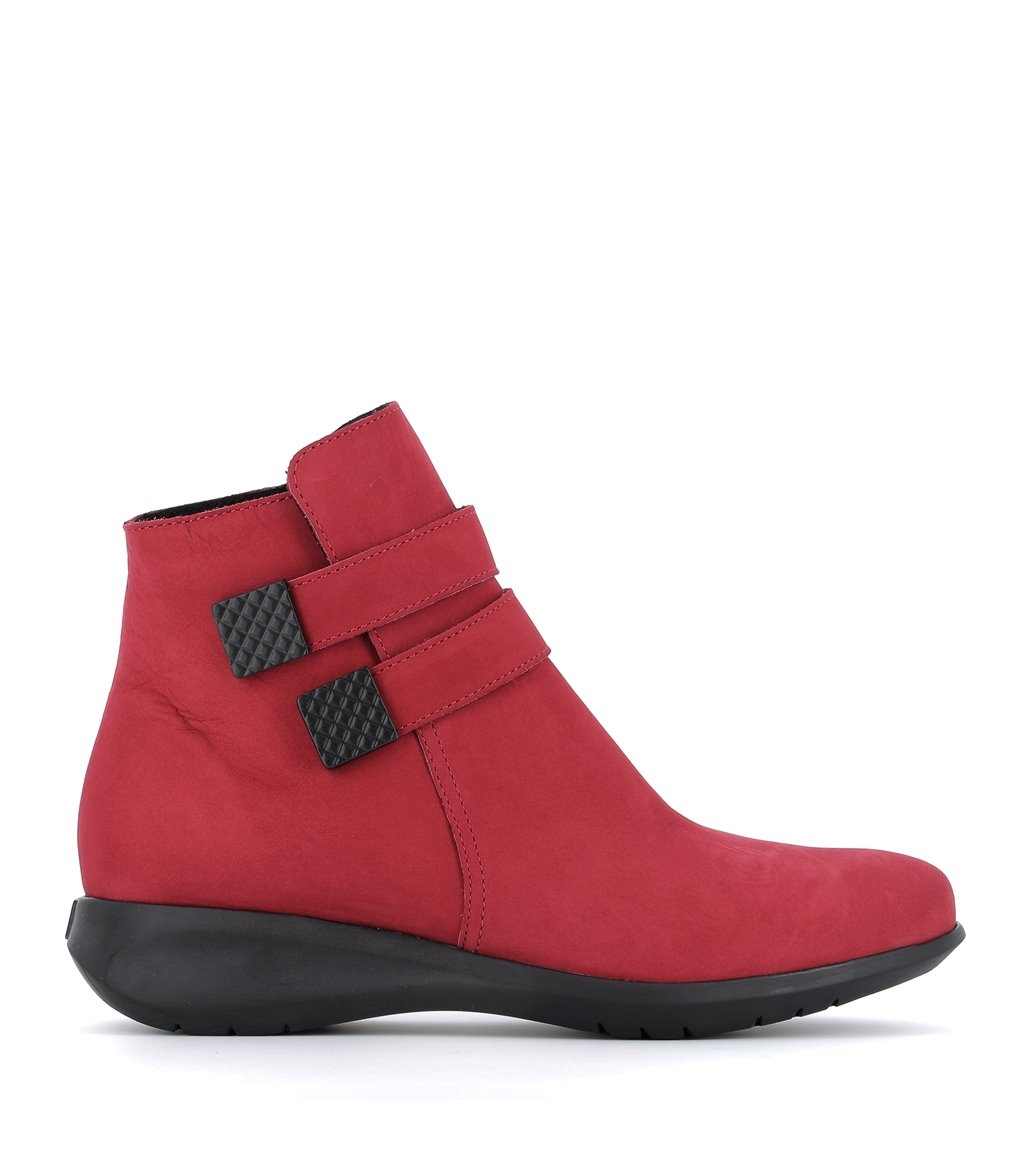 low boots shelina red
