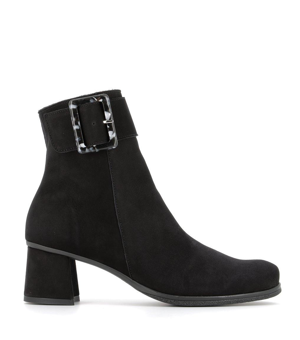 low boots aglae black
