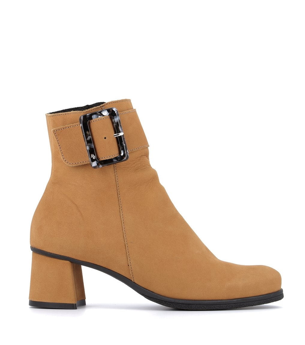 boots aglae ocre
