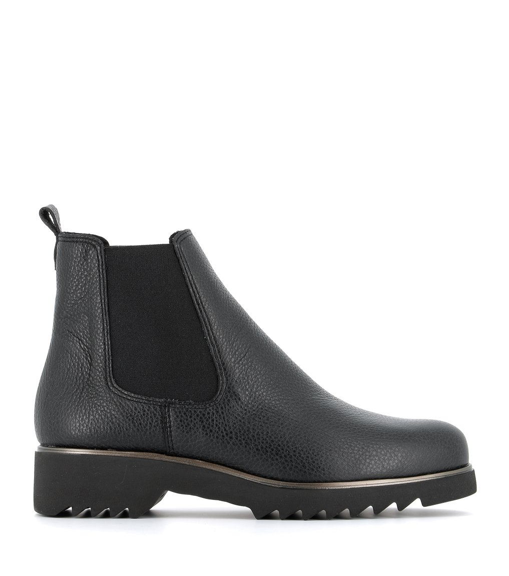 low boots oriane black