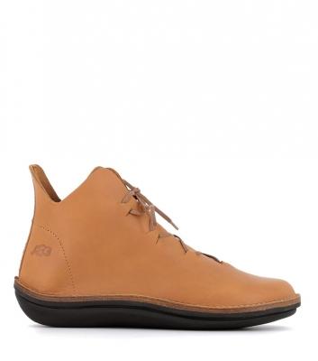 boots character 55081 cognac