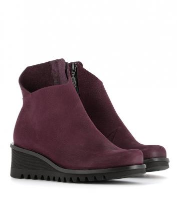 boots lightning 33992 wine
