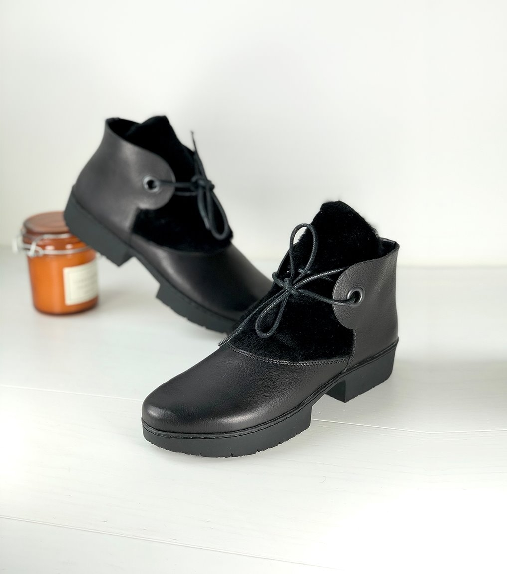 boots conduct f noir