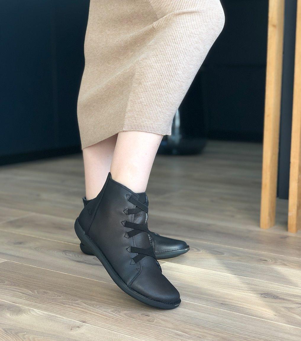 boots fourrées natural 68071 noir