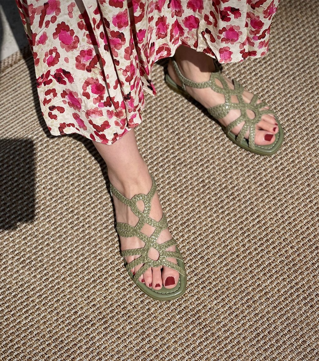 sandals emy 8433 cedro