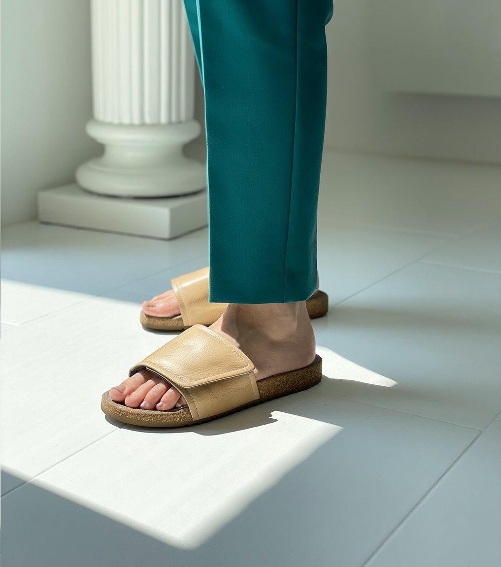 sandals 2e200 ecru