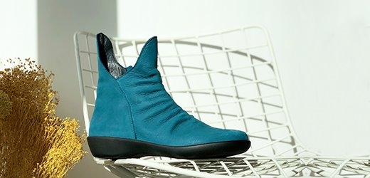 women shoes blue green